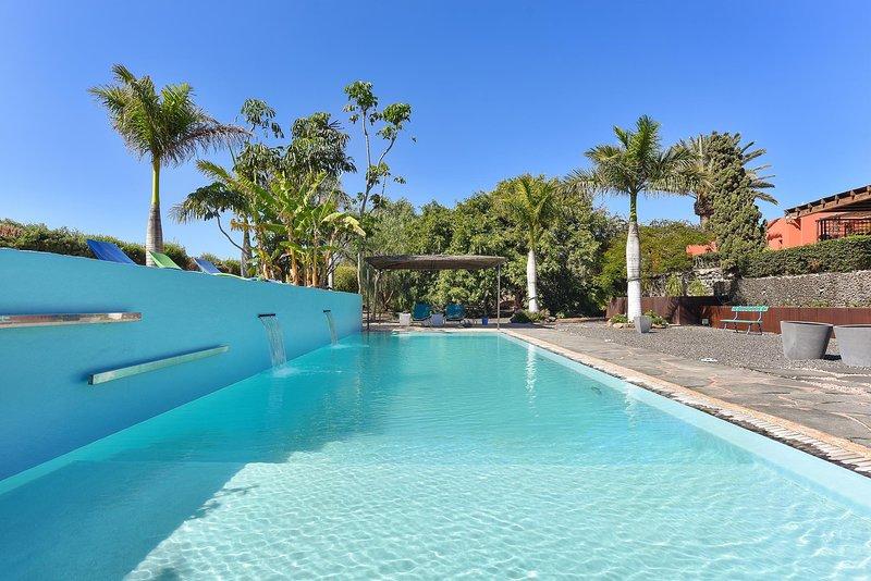 Luxury Cottage El Cortijo Golf 1, holiday rental in Marzagan