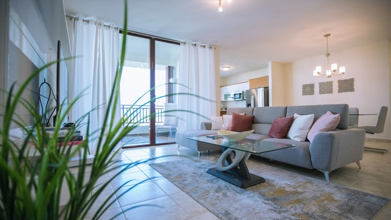 Beautiful 3 Bedroom Private Condo at Solarea Beach Resort, vacation rental in Palmas Del Mar
