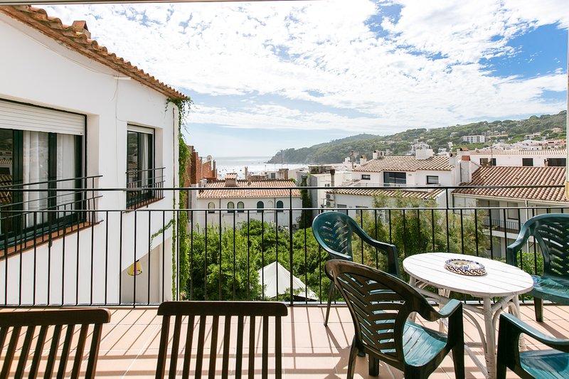 Calella de Palafrugell Apartment Sleeps 7 - 5833809, holiday rental in Calella de Palafrugell