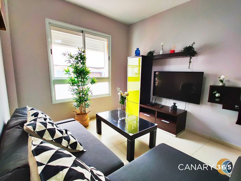 Sunset Relax Apartment by Canary365, holiday rental in Banaderos