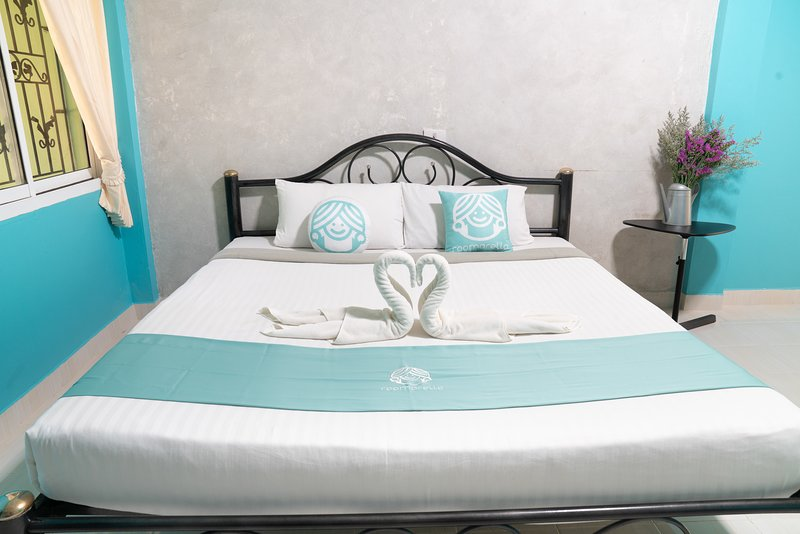 Choose comfort- Resort style hotel at Chantaburi, casa vacanza a Chanthaburi Province