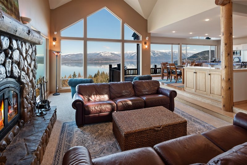 NEW! Sensational Views! Family home endless views, holiday rental in Hope