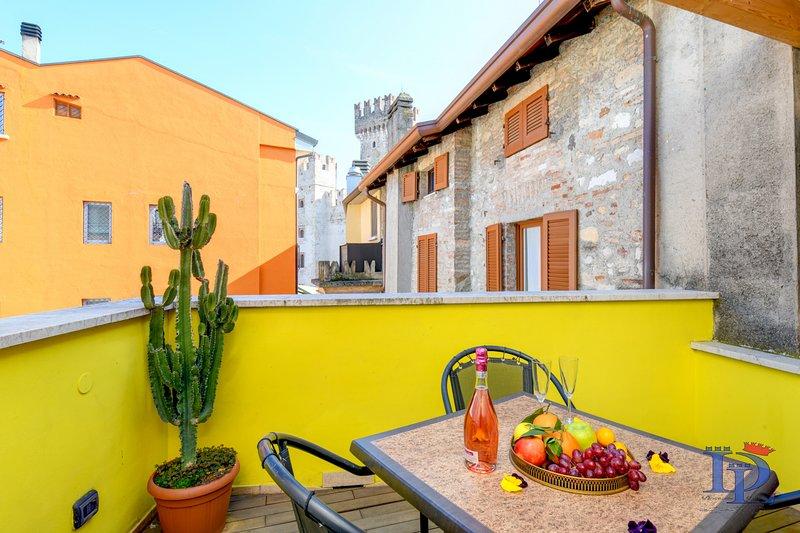 40- LA REGINA DI SIRMIONE, holiday rental in Sirmione
