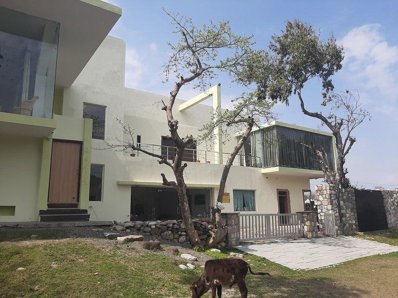 Samresort-Homestay Villa, holiday rental in Rishikesh