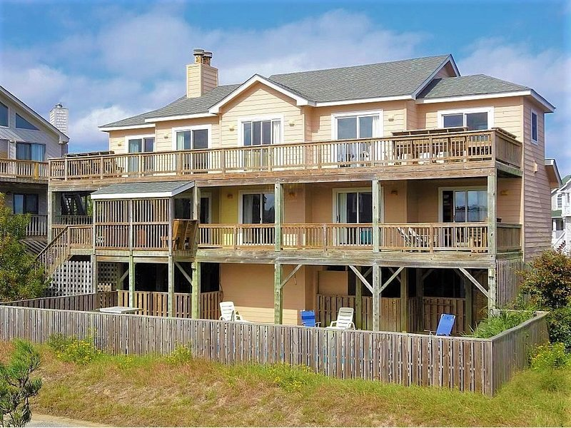 Short Walk to the Beach! Corolla Light Amenities! Ocean Views! Pets, Yes! CL-134, alquiler de vacaciones en Corolla