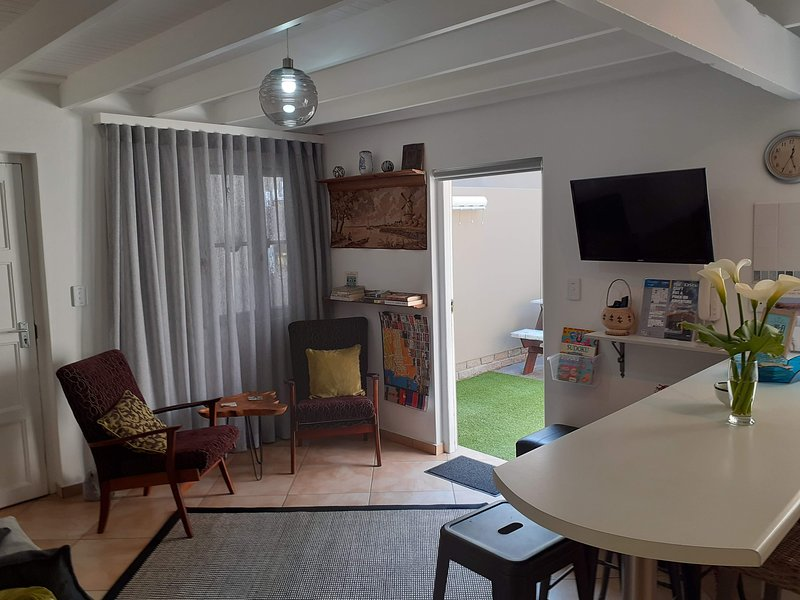 Whaleback Self-catering Town-centre, holiday rental in Walvis Bay