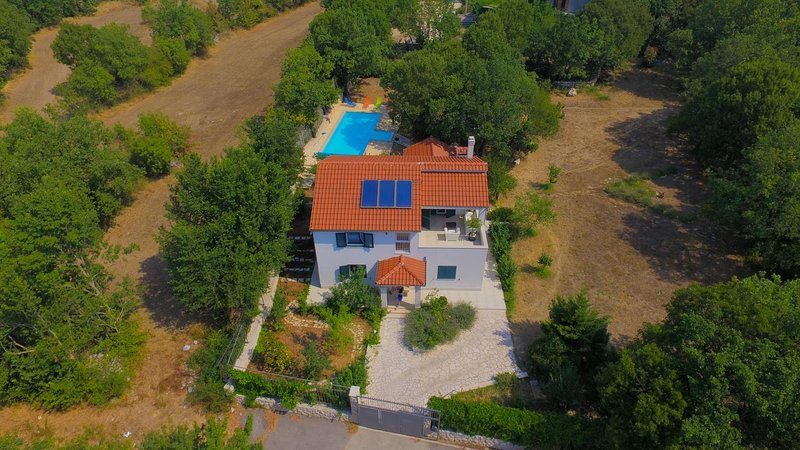 Four bedroom house Bisko, Zagora (K-18181), vacation rental in Kotlenice