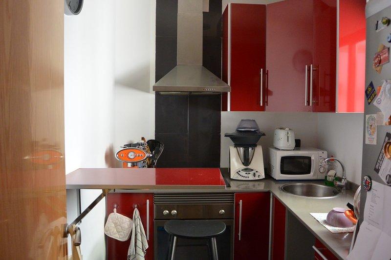 Piso en el Cabañal, holiday rental in Montroy