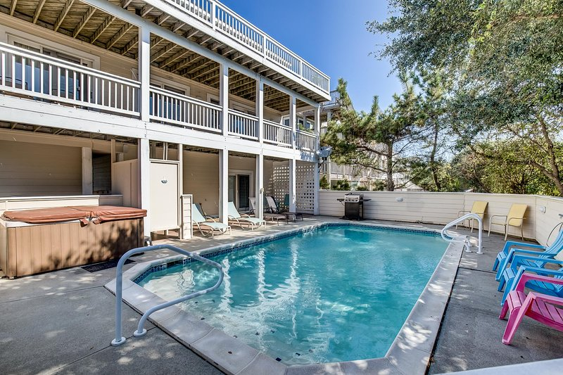 Oyster Catcher   400 ft from the Beach   Private Pool, Hot Tub   Corolla, alquiler de vacaciones en Corolla