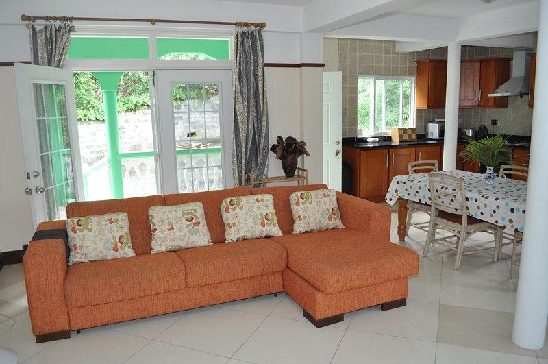 Chez Salaam Apartments, holiday rental in Anse la Raye Quarter