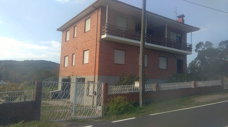 Amazing house with garden & terrace, vacation rental in Ricovanca