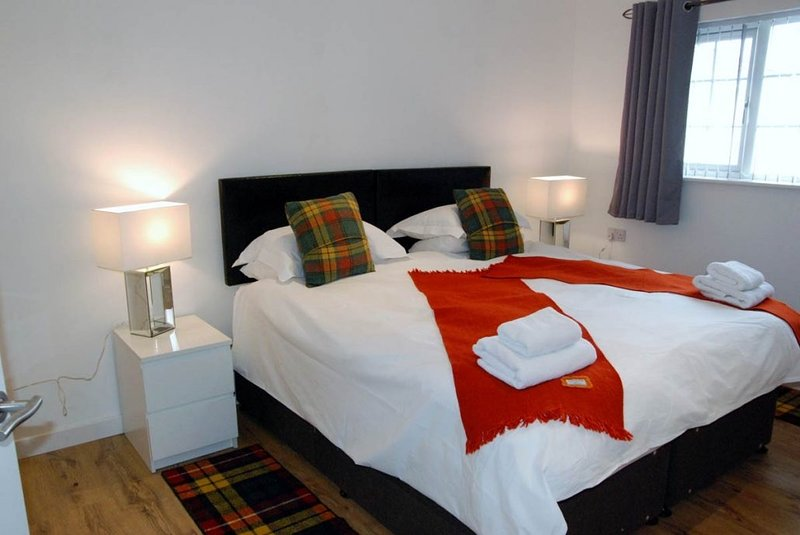 Beautiful Cottage in Stornoway., holiday rental in Adabroc