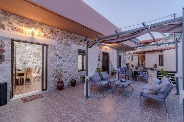 Zaros villa Fountarinis, holiday rental in Zaros