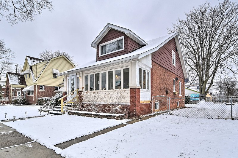 Downtown Dearborn is only 2 miles from this home.