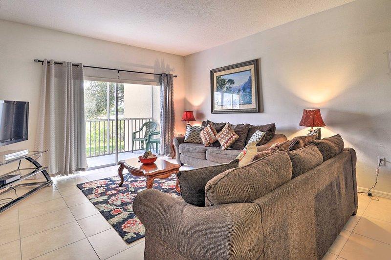 NEW! Condo w/ Resort Amenities - 5 Mi to Disney!, holiday rental in Four Corners