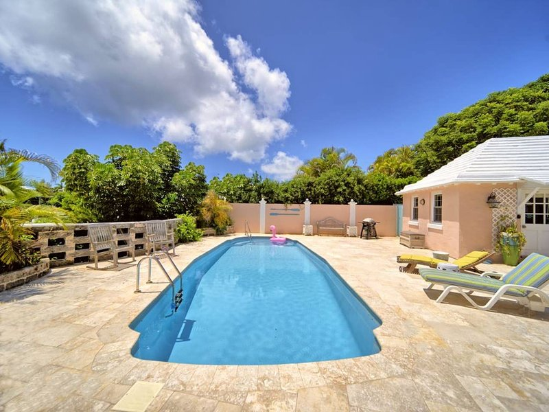 'For a real Bermudian island experience, I can't recommend this cottage enough' Emma, Dec 2016.
