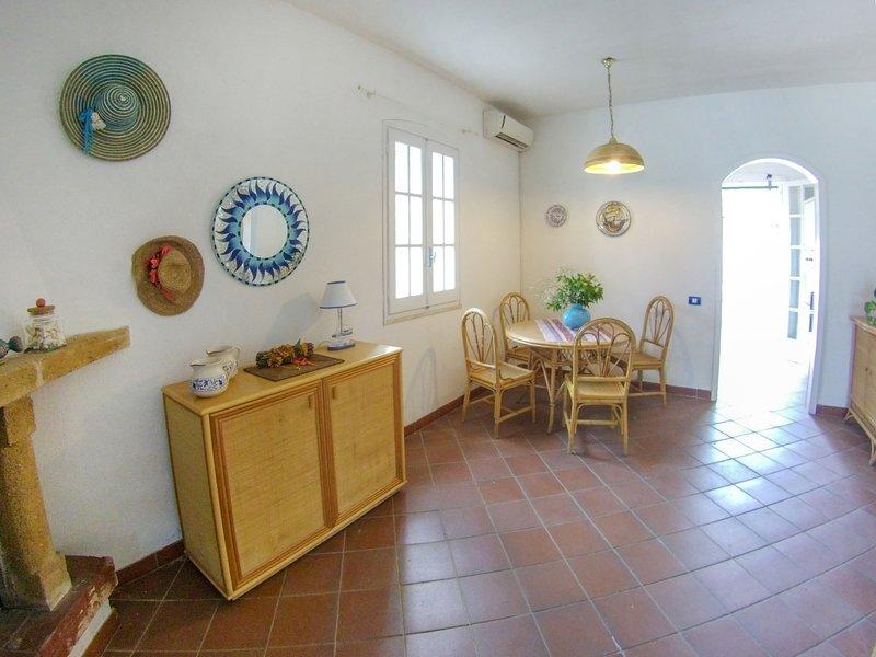 Villino Mimosa, Ferienwohnung in Baia Verde