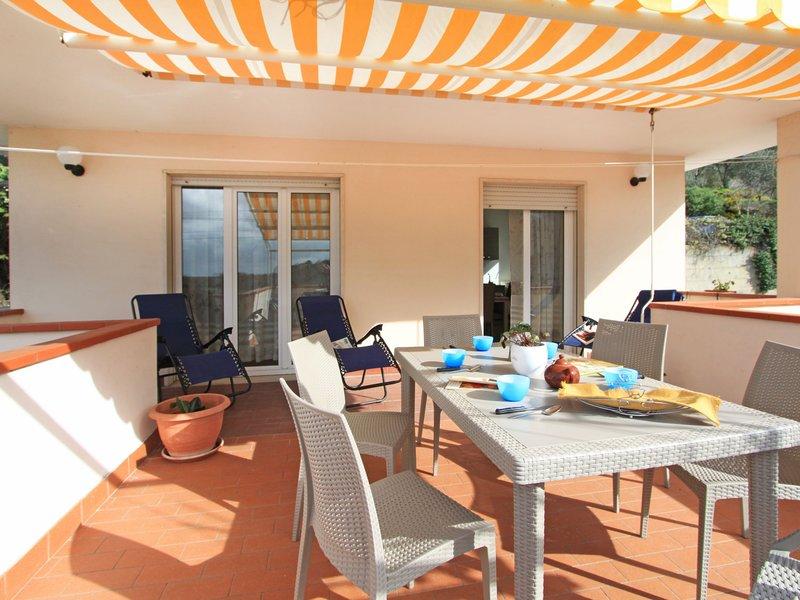 Casa Tina, holiday rental in Monti di Chiatri