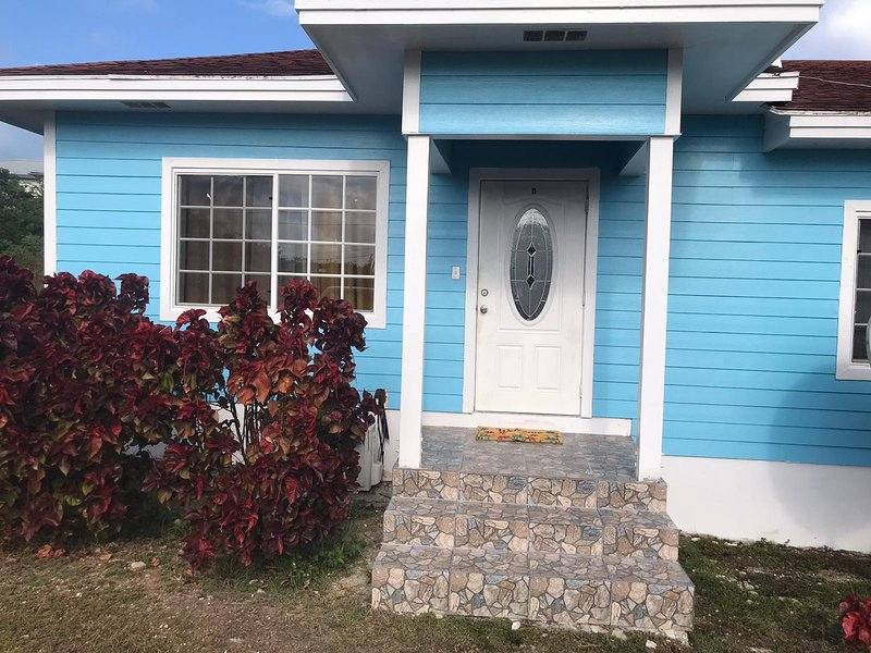Tropical Treasures Living, holiday rental in Rolleville