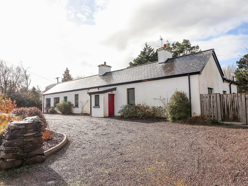 Beaufort Suite, Beaufort, County Kerry, holiday rental in Fossa