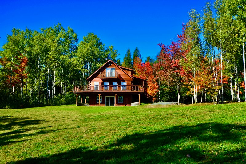 Cast Away Lodge...cast your worries away!, holiday rental in New Brunswick