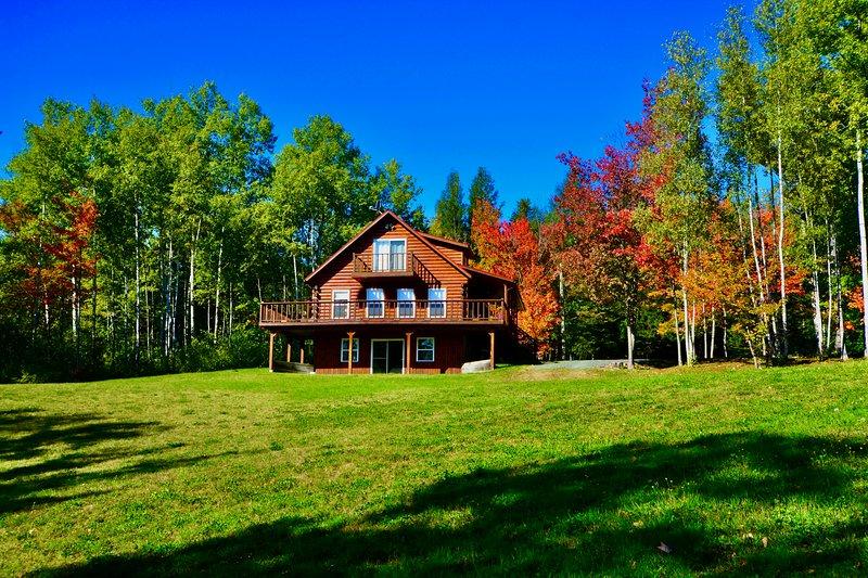 Cast Away Lodge...cast your worries away!, vacation rental in Blackville