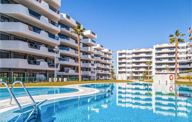 Amazing apartment in Los Arenales del Sol with Outdoor swimming pool, Outdoor sw, location de vacances à El Altet