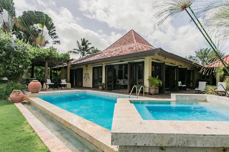 GOLF COURSE VIEW VILLA Casa de Campo, holiday rental in El Limon