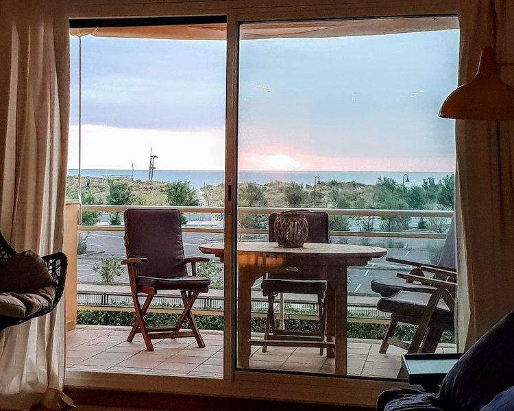 Apartamento primera línea de mar, vacation rental in Playa de Pals