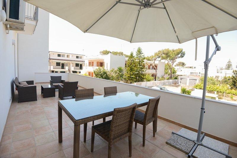 Casa Sangiorgio, 100 mt from the beach in Ginosa Marina, location de vacances à Metaponto