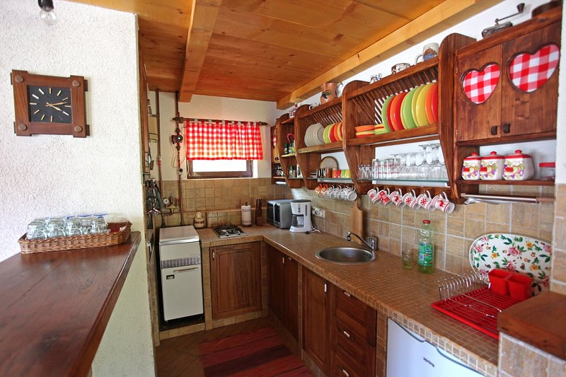 Holiday home 139751 - Private holiday home 116933, holiday rental in Breze