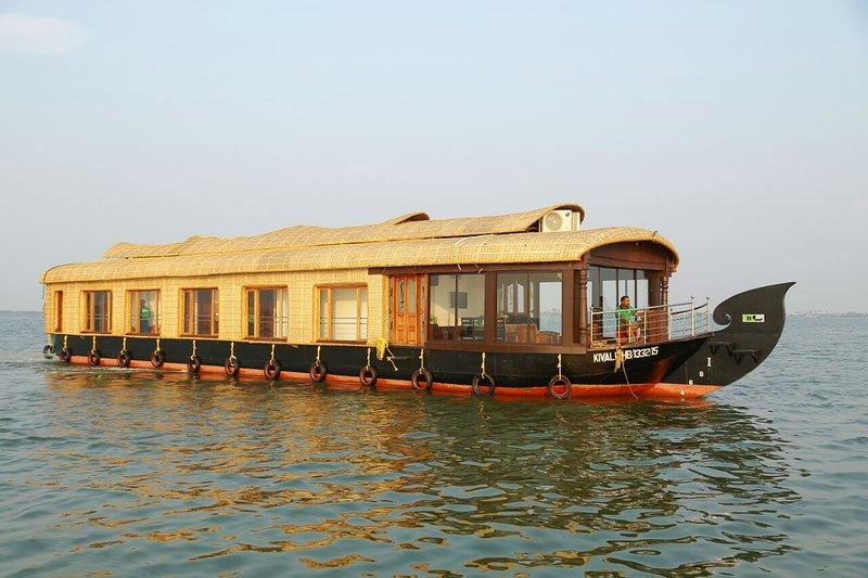 Punnamada Cruise, location de vacances à Alappuzha District