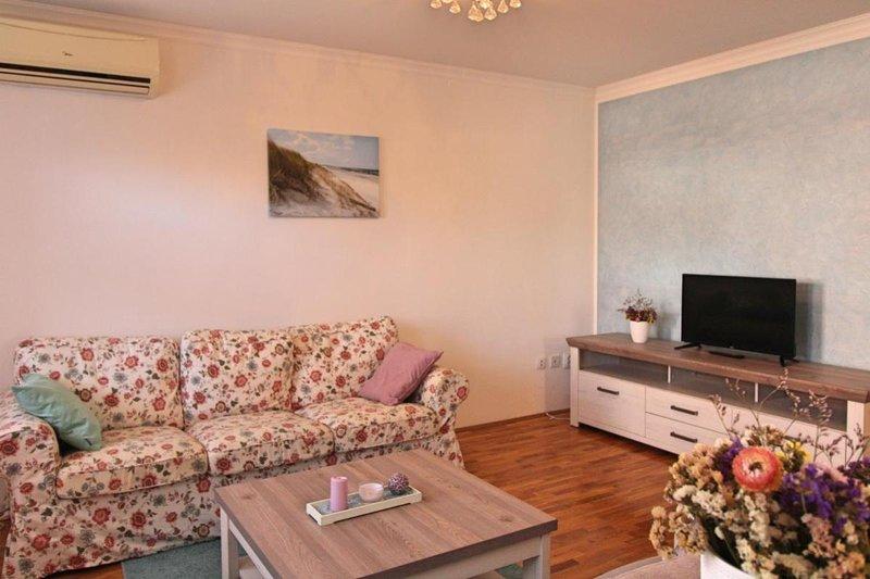 Apartments Petar - Two Bedrooms, holiday rental in Skatari
