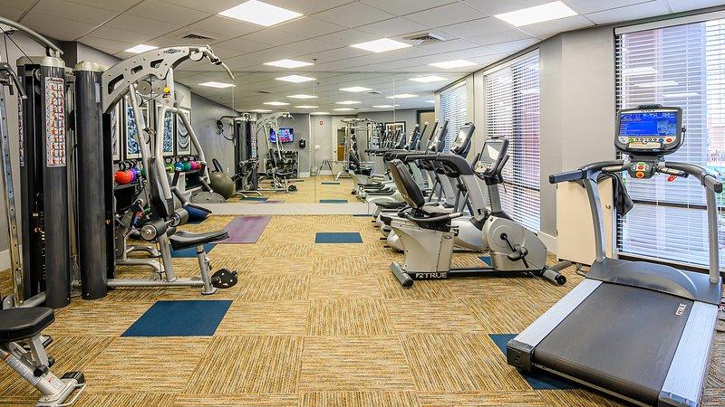 Gym (Fitness Center)