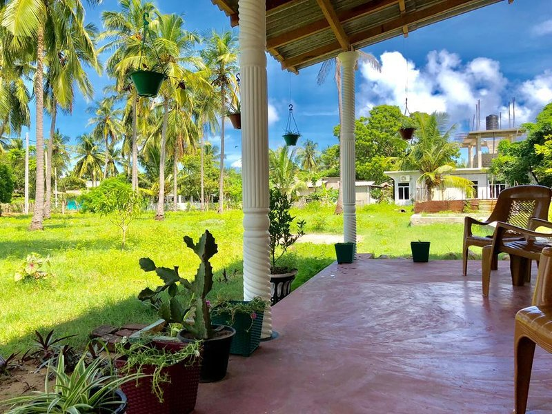 Neverbeen to Nilaxshan's Home, holiday rental in Nilaveli