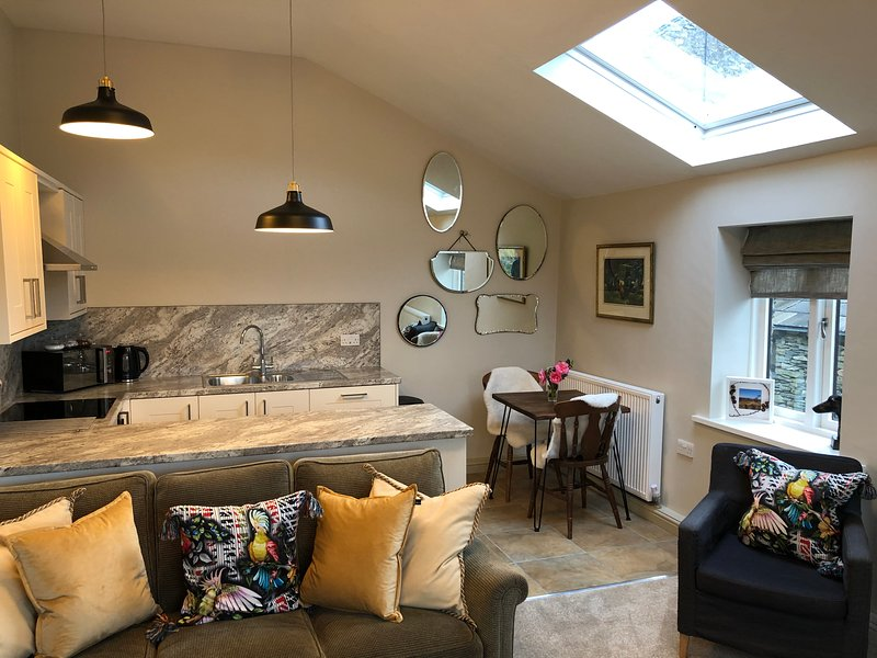 Methera - a special retreat for two in a specatular setting (dog friendly), holiday rental in Kirkby in Furness