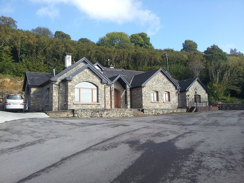 Castle View Lodge, holiday rental in Collooney