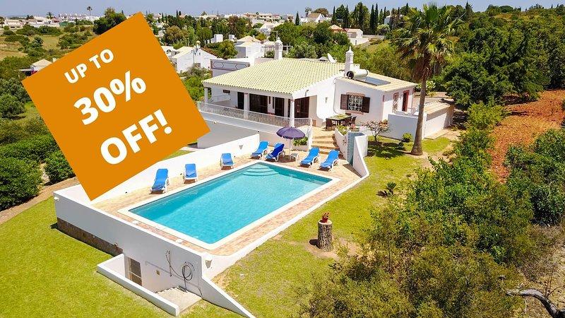 UP TO 30% OFF! GEMINI Single storey Villa,pool,garden,hillside location,AC,WiFi, vacation rental in Guia
