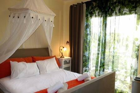 Jimmy's House in Siviri, holiday rental in Kassandrino