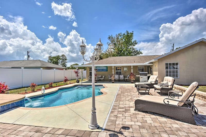NEW! Cocoa House w/ Game Room & Private Pool!, vacation rental in Sharpes
