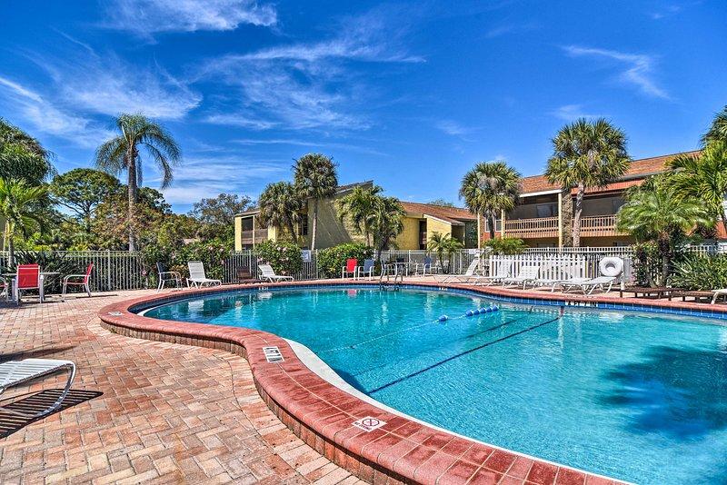 Vieni a visitare questo condominio con 1 camera da letto e 1 bagno a Sarasota!