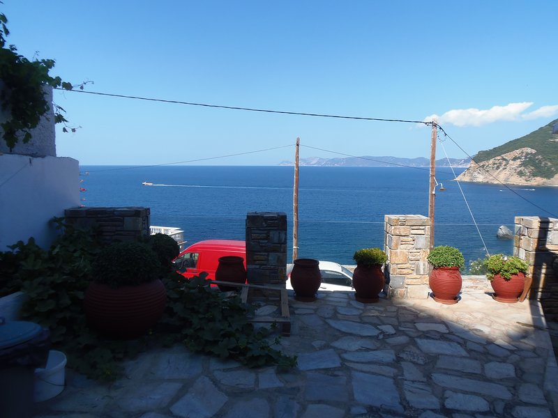 studiosmilos-skopelos studio 6, vacation rental in Skopelos