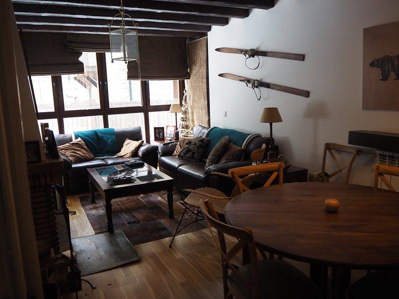TAR40 - Apartamento Tarmañones de 2 Dormitorios con 1 Baños, casa vacanza a Escarrilla