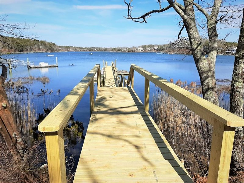 WATERFRONT w/NEW BOAT DOCK in NEW SEABURY! 135888, holiday rental in Mashpee