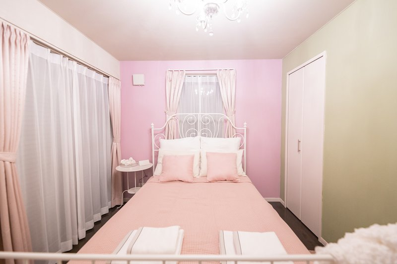 Shinjuku Playhouse Super Stay 30 secs JR station, vacation rental in Nakano