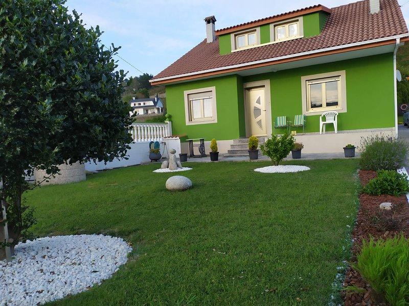 CASA CON VISTAS AL MAR A 200 M DE LA PLAYA, holiday rental in Barizo