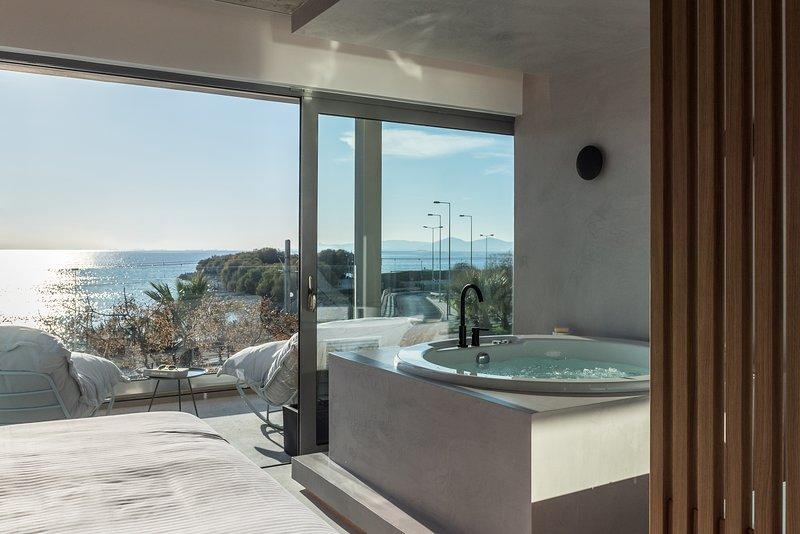 Venus A2 Deluxe Suite Sea View, holiday rental in Alimos