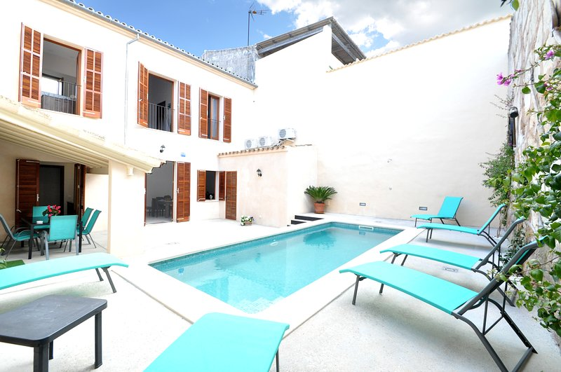 Casa 'Can Caragol' - 6 pax - Wifi - AACC - Private Pool, vacation rental in Sineu