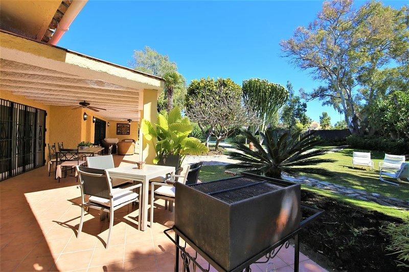 Tavolo Da Giardino Con Barbecue.Villa Marx Updated 2020 5 Bedroom Villa In Puerto Banus With