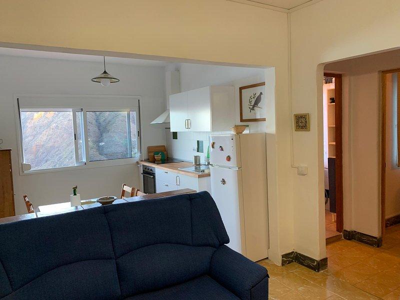 Beautiful apartment with sea view, aluguéis de temporada em Agulo